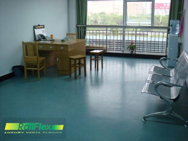 Sàn nhựa vinyl dùng trong phòng chờ bệnh viện