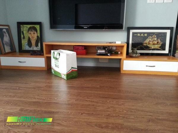 sàn nhựa vân gỗ sàng trọng lịch sự